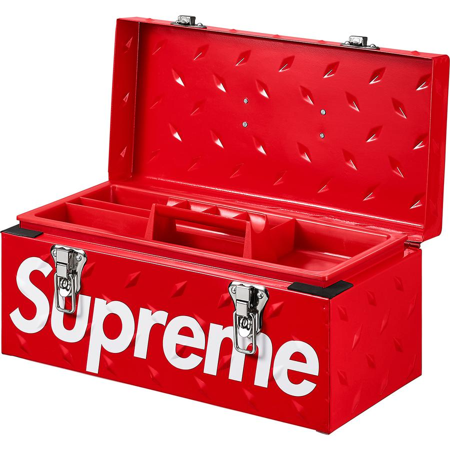 Diamond Plate Tool Box - Powder coated metal toolbox with latch closure and plastic handle. Interior tray with embossed logo. Printed logo on front and debossed logo on bottom. 16.7L.