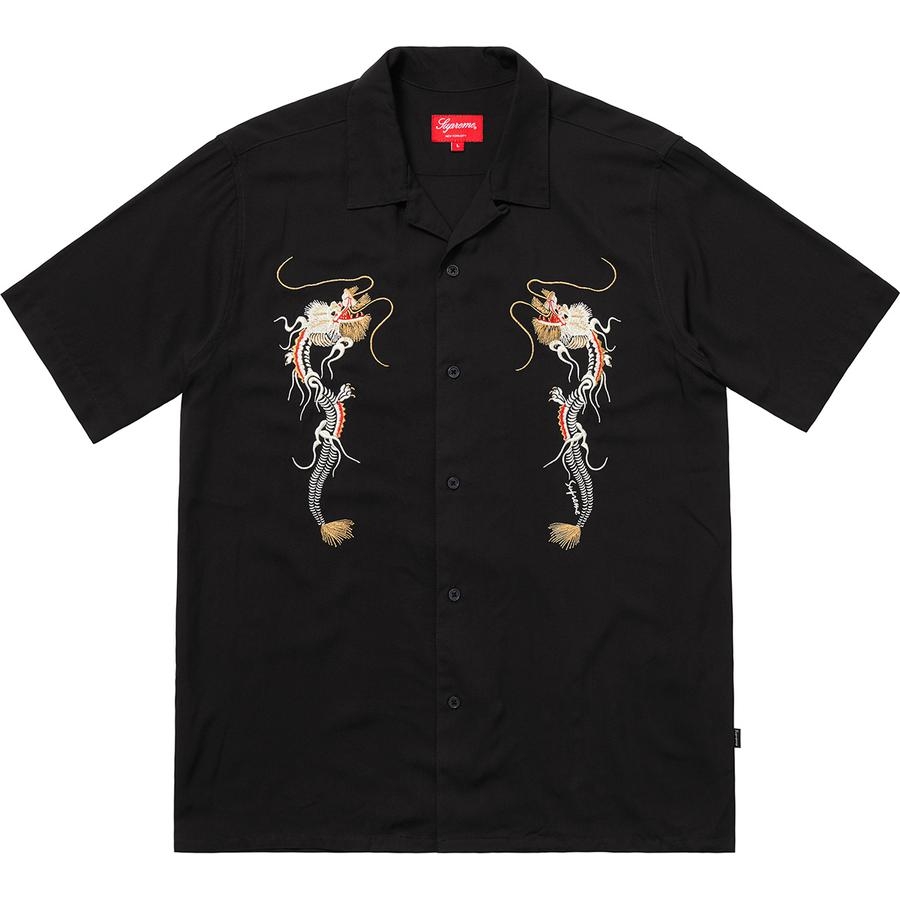 8e4b0ef9 Case in point: Supreme's rayon shirts. A Spring/Summer cult favorite,  Supreme has added two key options—the Casino and ...
