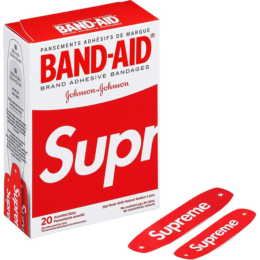Supreme®/BAND-AID® - Box of 20 adhesive bandages. Not sold in Japan and EU.